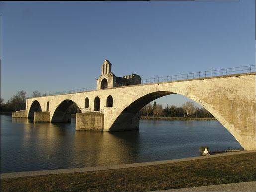 Le pont Saint-Benezet d'Avignon