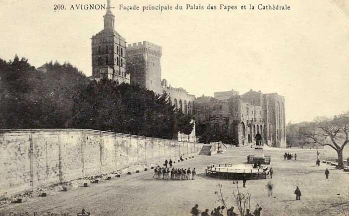 Le palais des Papes (19 ou 20e siècle)